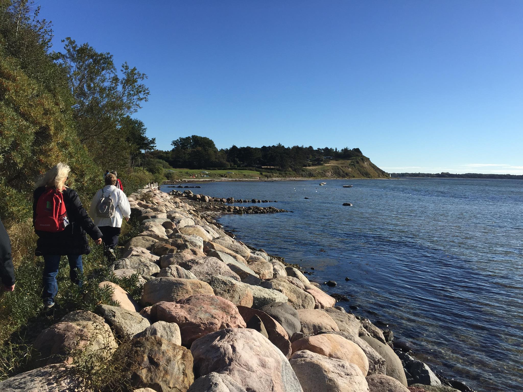 Sti langs Roskilde Fjord fra Lynæs til Sølager
