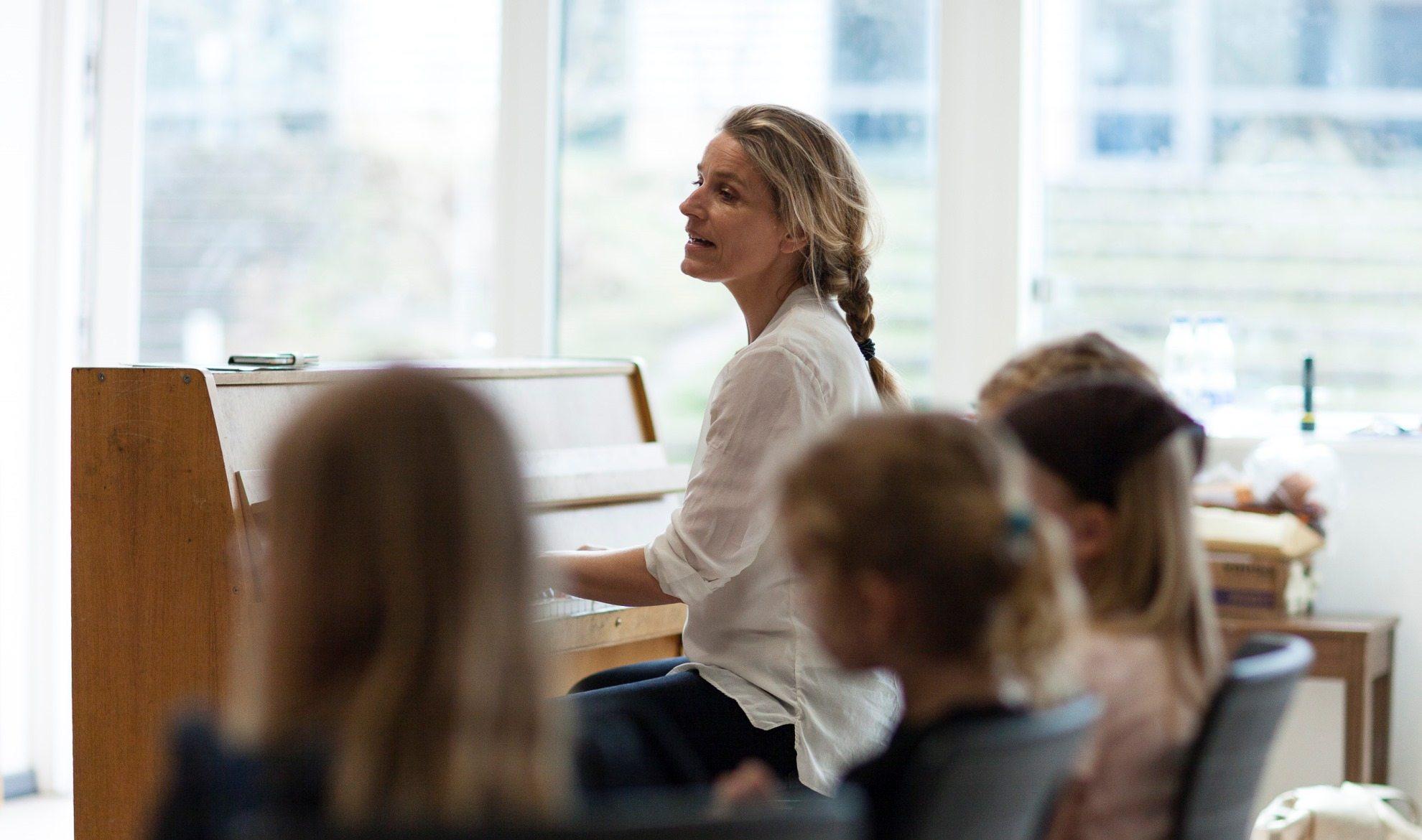 Katrine musiklærer i Halsnæs2