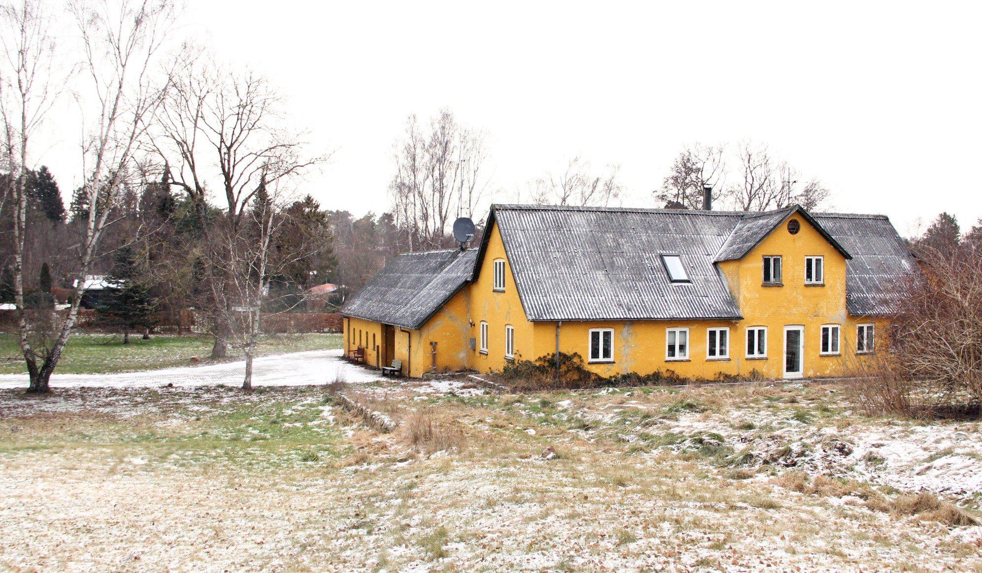 Gård i Melby, phases