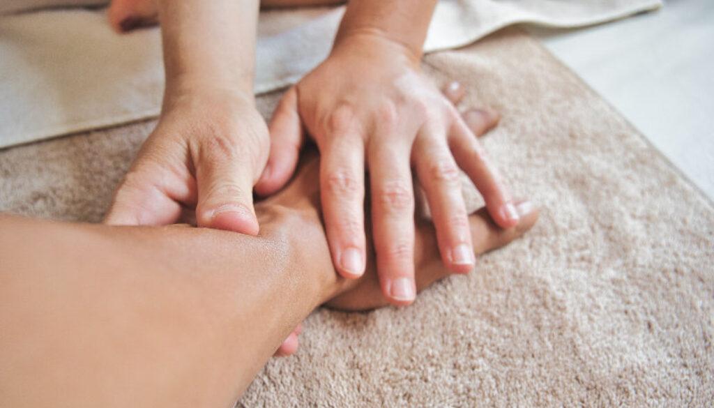 Massage frederiksværk